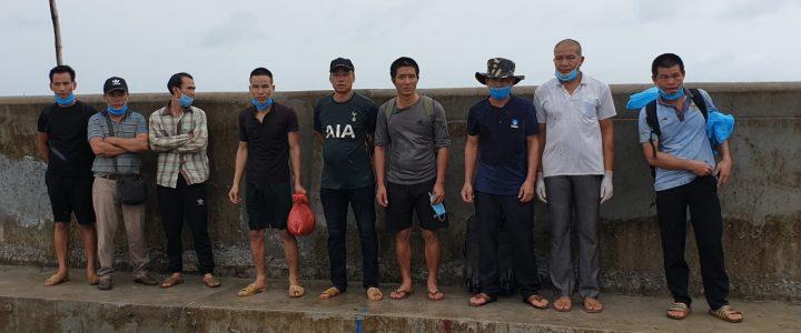 5 بارج که از کامبوج به طور غیرقانونی وارد ویتنام می شدند دستگیر شدند